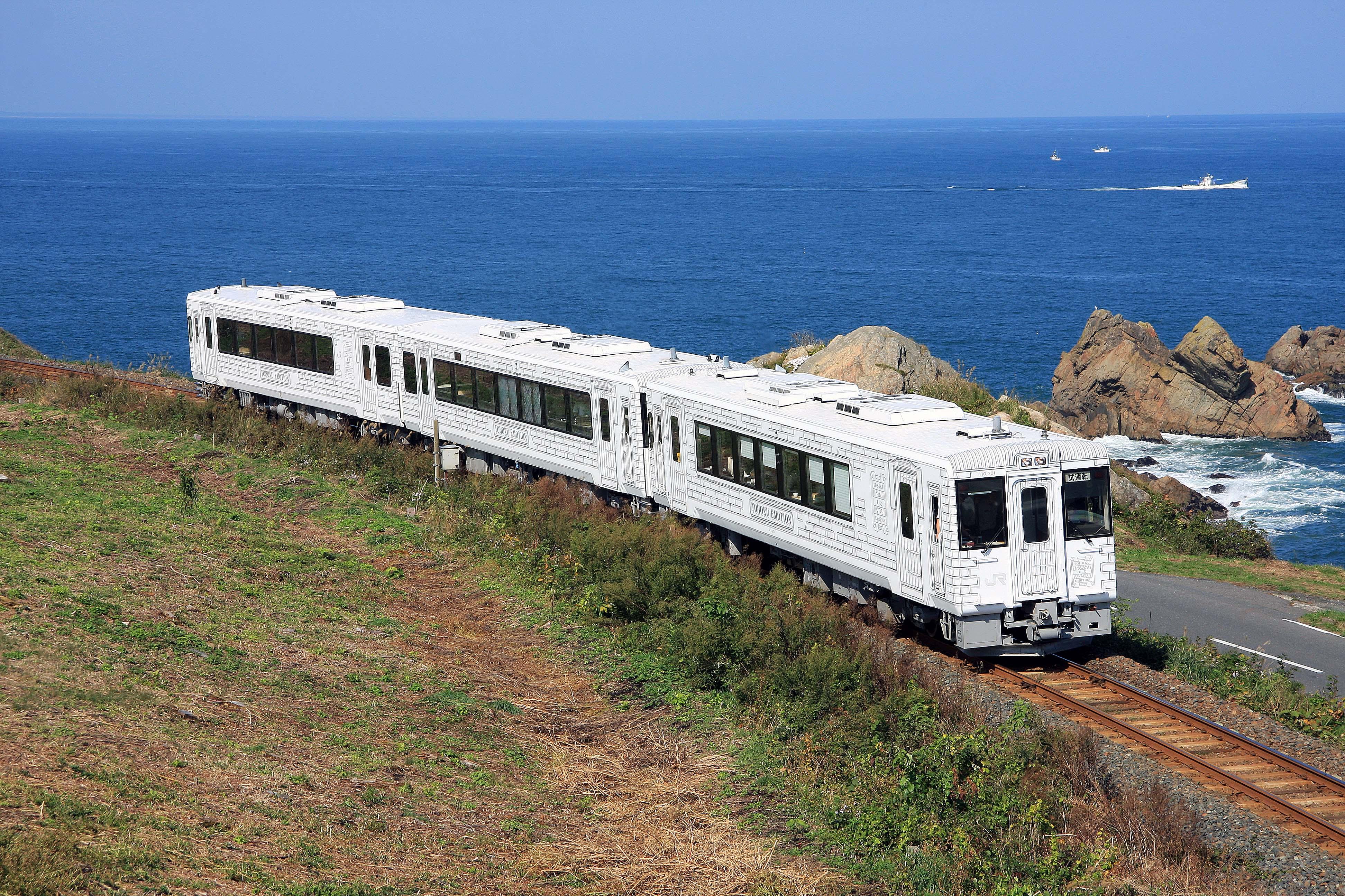 青森リンゴで育んだジャー黒牛、レストラン列車「TOHOKU EMOTION」で!